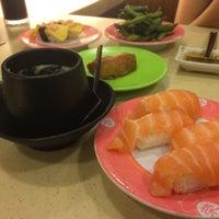 Photo taken at Sakae Sushi by YoungKuan C. on 1/28/2015