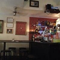 Foto tomada en Timeline Bar por Jennifer R. el 10/12/2012