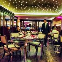 Foto diambil di Imago Restaurant oleh Carlos M. pada 1/16/2014