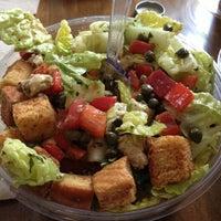 Photo taken at Giardino Gourmet Salads by Jessy Has Ideas on 9/26/2012