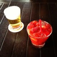 Das Foto wurde bei Bar Genial von Benjamin E. am 12/8/2012 aufgenommen