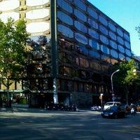 Das Foto wurde bei Plaça d'Urquinaona von Вадим Ф. am 4/22/2013 aufgenommen