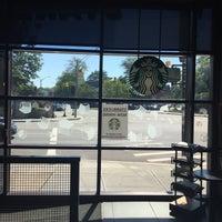 Photo taken at Starbucks by Olexy S. on 8/16/2015
