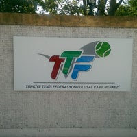 Photo taken at Türkiye Tenis Federasyonu Eğitim Merkezi by selda s. on 8/31/2018
