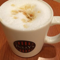 Photo taken at Tully's Coffee by ちは わ. on 3/6/2014