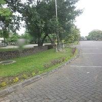 Photo taken at Universitas Gadjah Mada (UGM) by Rian P. on 3/14/2013