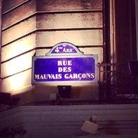 Photo taken at Les Mauvais Garçons by Sergey C. on 3/8/2014
