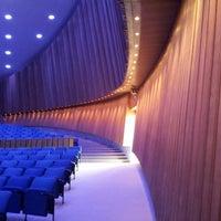 9/23/2012 tarihinde Thomas W.ziyaretçi tarafından Dünya Kültürleri Evi'de çekilen fotoğraf