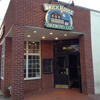 Photo taken at BrickHouse Brewery & Restaurant by Beer Loves Company on 6/17/2013