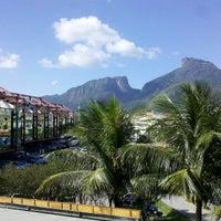 4/17/2013 tarihinde Amanda S.ziyaretçi tarafından Barra da Tijuca'de çekilen fotoğraf