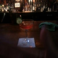 Foto scattata a CU29 Cocktail Bar da Kale P. il 7/13/2013