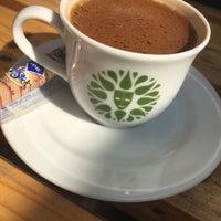 5/3/2017 tarihinde Simge A.ziyaretçi tarafından Ağaoğlu Kafe'de çekilen fotoğraf
