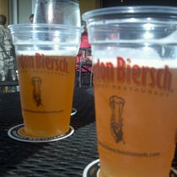 Photo taken at Gordon Biersch Brewery Restaurant by bluecat on 7/10/2013