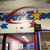 Photo prise au Palm Beach Skate & Ice Zone par Steve O. le2/23/2013