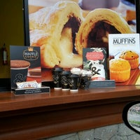 Photo taken at &Café Auto Servicio Puerta Parada by jairo p. on 9/13/2015