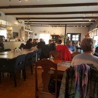 Photo prise au Café Hemma Hos par Jasper N. le4/16/2017