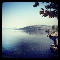 Das Foto wurde bei Sapanca Sahili von Seher Ö. am 9/29/2012 aufgenommen