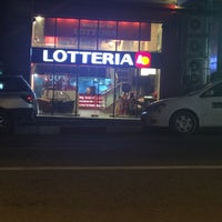 Photo taken at Lotteria by Dr-Kyi Swe T. on 6/12/2016
