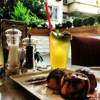 7/13/2013 tarihinde Sanem C.ziyaretçi tarafından San Marco's Caffé'de çekilen fotoğraf