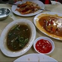 """Photo taken at Santiga Seafood """"Abeng"""" Benhil by Dedi S. on 11/10/2012"""