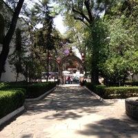 Foto tirada no(a) Parroquia de Azcapotzalco. por Abraham T. em 4/13/2013