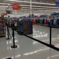 Photo taken at Walmart Supercenter by Fabio R. on 5/29/2013