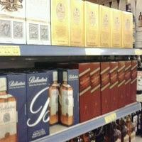 Photo taken at Carvalho Supermercado by Babi S. on 9/25/2012