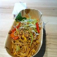 Photo taken at cha chã - Thai Positive Eating by Serkan G. on 11/23/2013