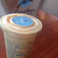 Foto scattata a Caribou Coffee da Pristi G. il 8/24/2017