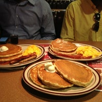 Photo taken at Denny's by Eazy W. on 10/27/2012