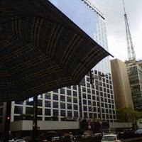 Foto tirada no(a) TAM Viagens por Bruna K. em 10/23/2012
