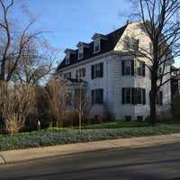 Photo taken at The Blue Lawn - Rosedale by Andy H. on 4/28/2014
