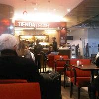 Foto tomada en Tienda de Café por Jorge G. el 7/4/2013