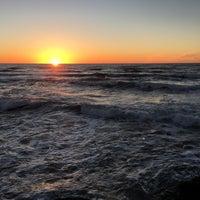 Foto tirada no(a) Cliffs At Ocean Beach por Sauce H. em 12/18/2016