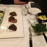 Photo prise au Trilby Restaurant, Hotel N'vY par Valentina S. le3/9/2013