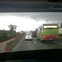Photo taken at Jalan Tol Tangerang - Merak by Indratna B. on 7/11/2013