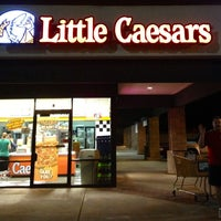 Photo taken at Little Caesars Pizza by Yvette G. on 3/15/2013