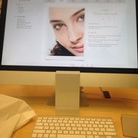 Photo taken at Apple The Westchester by EArchitect on 11/11/2014