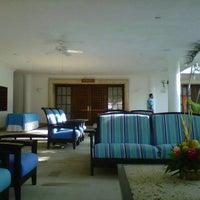 Photo taken at Tamacá Beach Resort Hotel by Frank G. on 4/25/2013