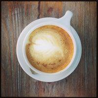 7/24/2013에 Bill H.님이 Lantern Coffee Bar and Lounge에서 찍은 사진