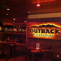 Photo taken at Outback Steakhouse by Raphael M. on 10/18/2012