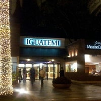 Foto tirada no(a) Shopping Iguatemi por Claudia G. em 11/30/2012