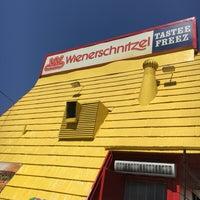 Photo taken at Wienerschnitzel - San Jose by Jason D. on 8/11/2017