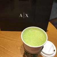 Снимок сделан в Starbucks пользователем Antonio A. 7/10/2018