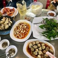 Photo taken at Ốc Đào Nguyen Trai by Daniel T. on 5/4/2017