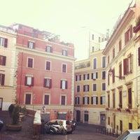 Foto scattata a Piazza degli Zingari da Mastroleo il 4/28/2013