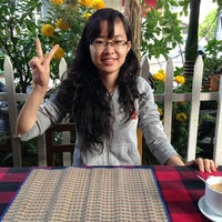 Photo taken at Thanh Thanh Cafe by Lâm T. on 2/17/2013