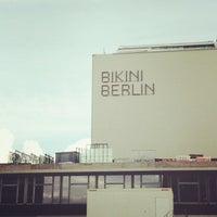 Das Foto wurde bei Bikini Berlin von Sai P. am 9/22/2013 aufgenommen