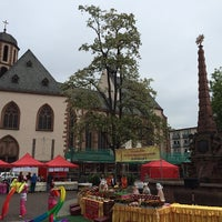 รูปภาพถ่ายที่ Liebfrauenkirche โดย Fyodor K. เมื่อ 5/10/2014