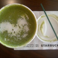 Photo taken at Starbucks by Clara A. on 8/15/2013
